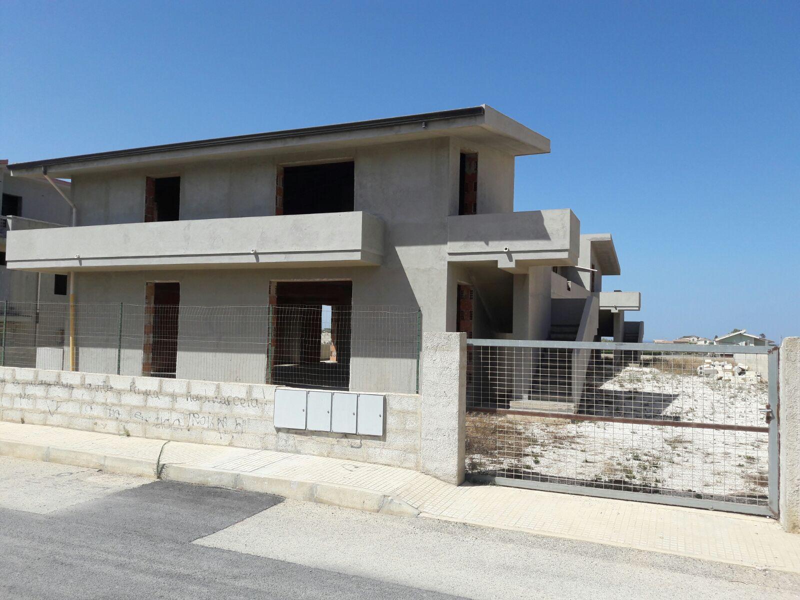 Casa con terreno A PACHINO